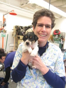 Dr Elisa with puppy